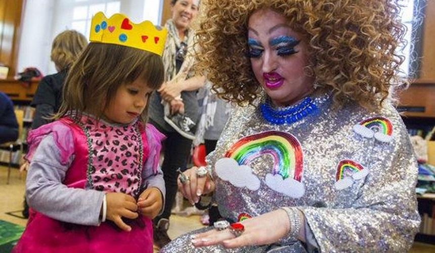 drag queen.jpeg