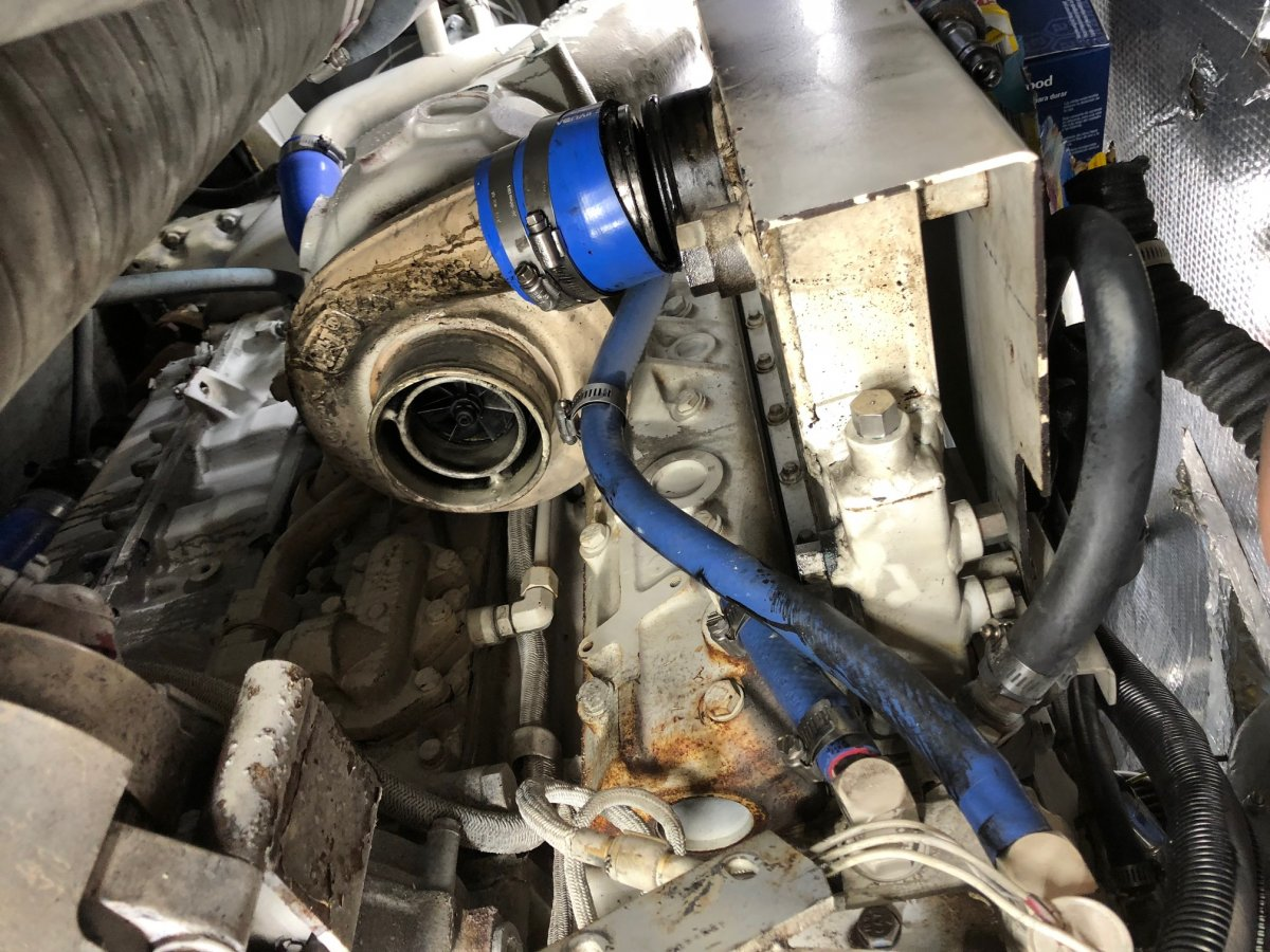 CAT 3126 engine turbo boost/RPM issue  New owner, help