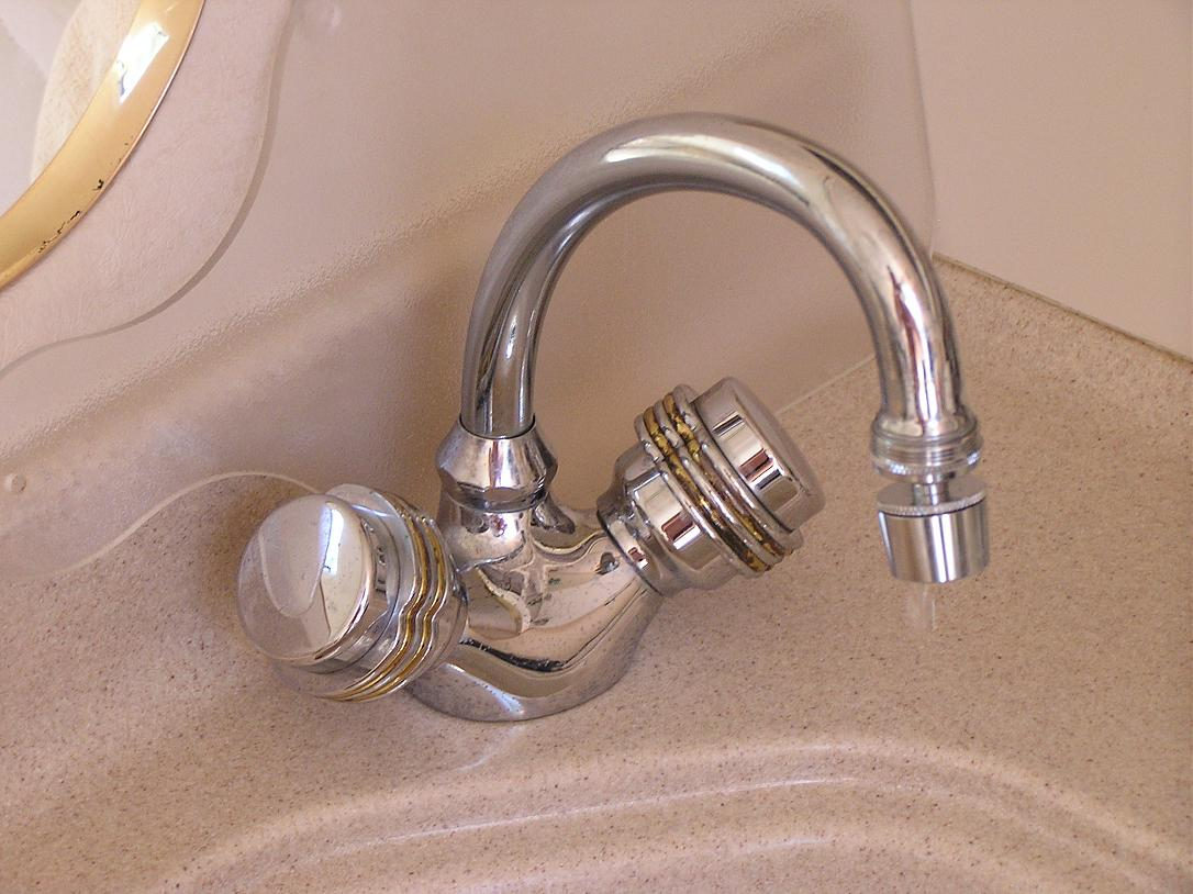 Leaking Galley Faucet | Club Sea Ray