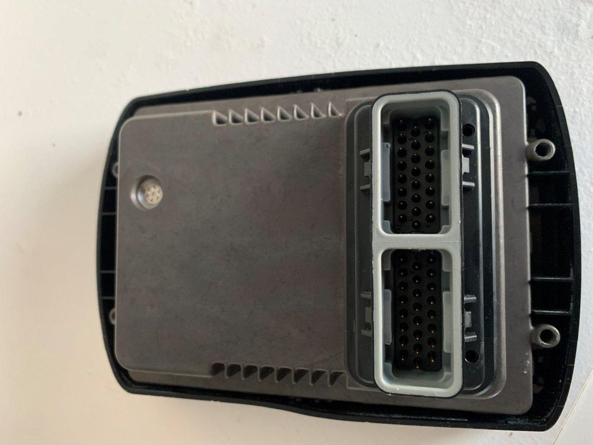 Sc5000 or Mercury smartcraft system view faded screen | Club